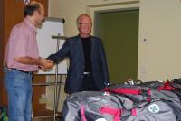 Spendenübergabe Einsatzrucksäcke durch Alpenverein Klagenfurt