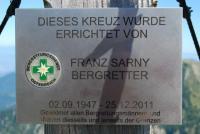 Gedenktafel Franz Sarny am Weinasch-Gipfelkreuz